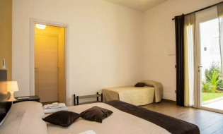 7 Notti in Bed And Breakfast a Noto